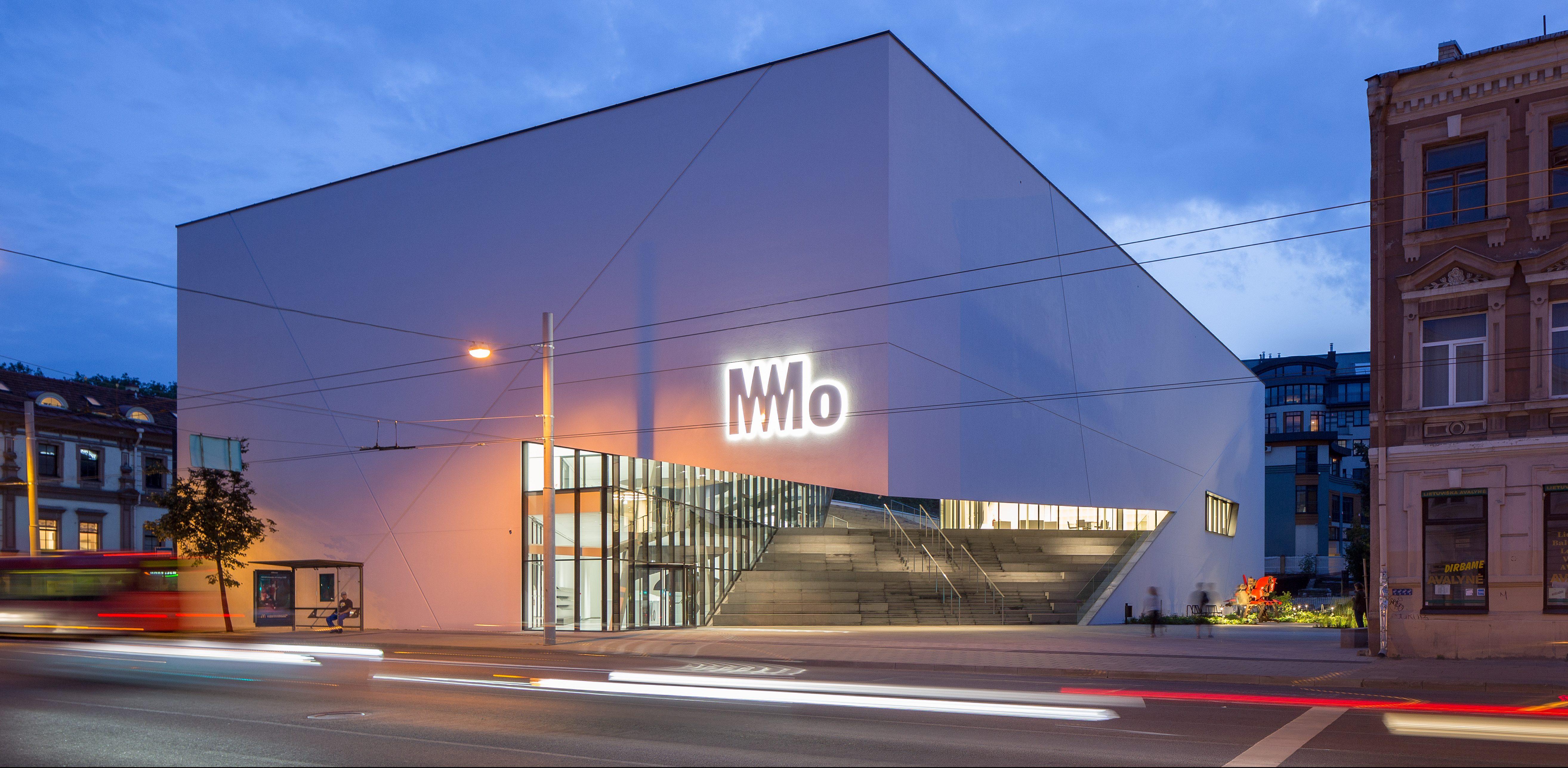 """Baigta išskirtiniais architektūriniais sprendimais garsėjančio """"MO muziejaus"""" pastato statyba"""