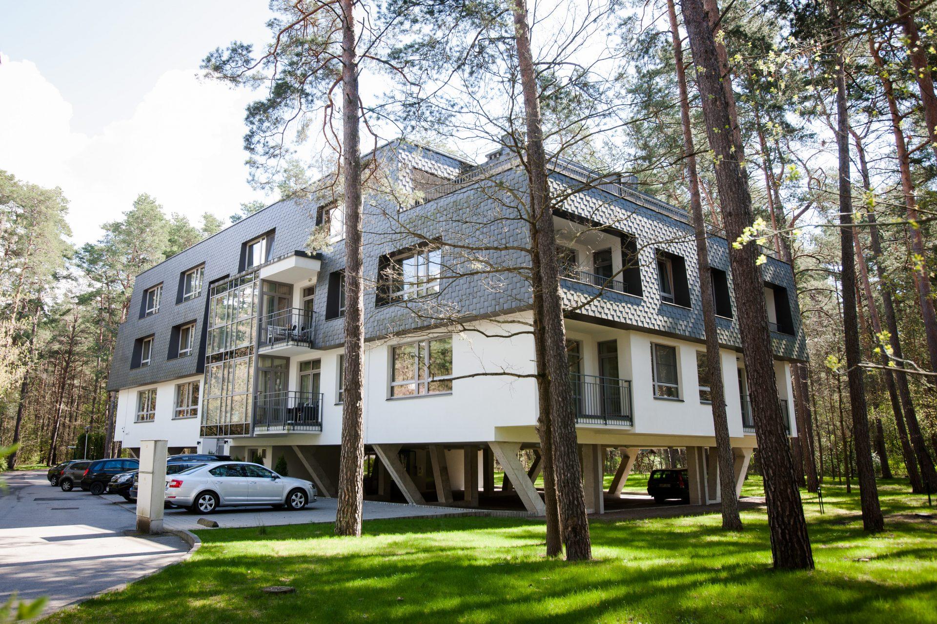 Daugiabučio gyvenamojo namo Elniakampio g. 7, Vilnius, statybos darbai