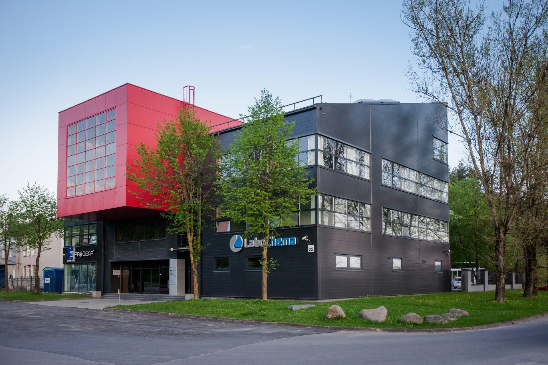 Administracinis pastatas su sandėliavimo patalpomis Vilkpėdės g. 22, Vilnius, statybos darbai
