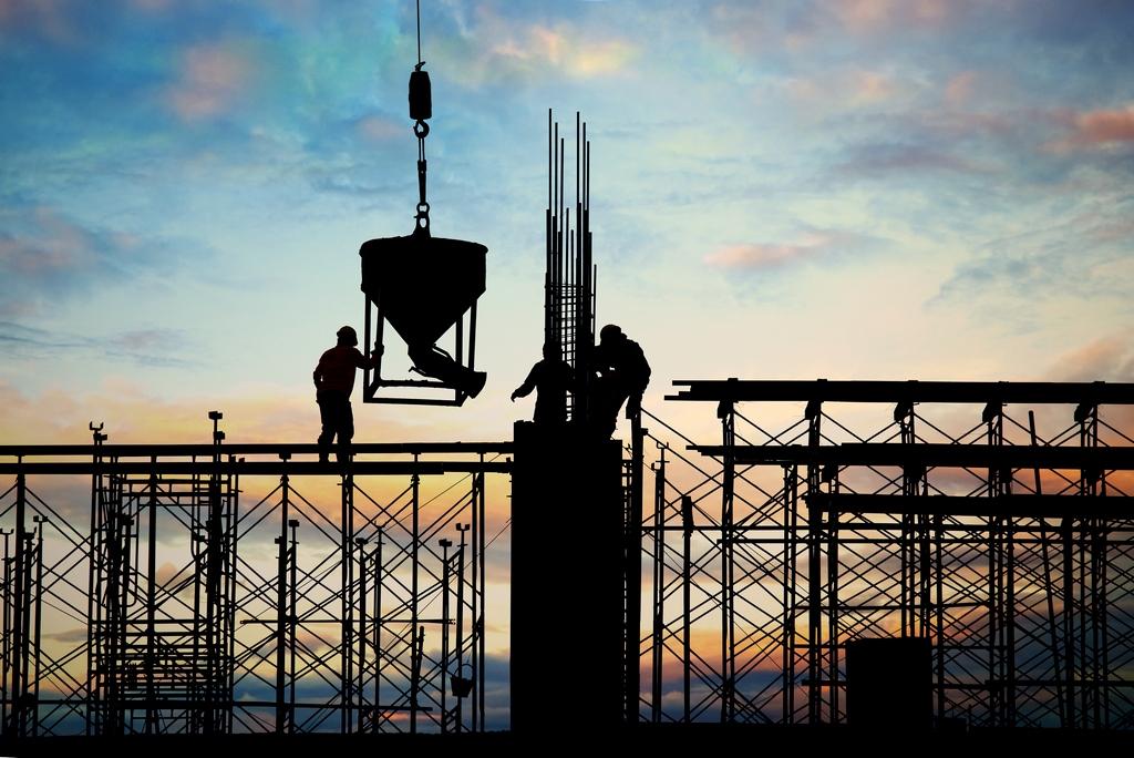 Statybos sektorius tikisi geriausio, bet ruošiasi blogiausiam