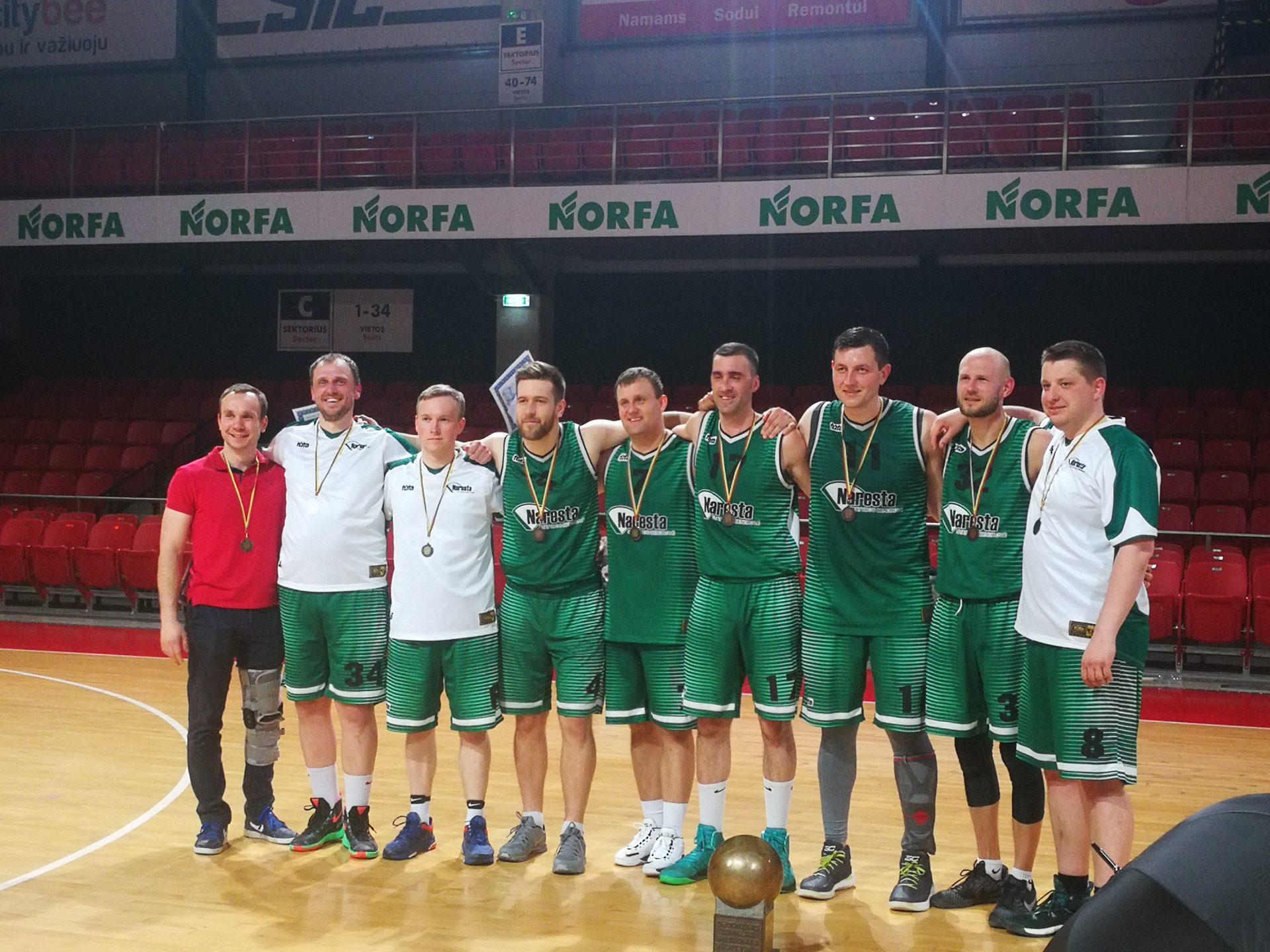 """""""Naresta"""" krepšinio komanda – MMA krepšinio lygos II-os vietos laimėtoja"""