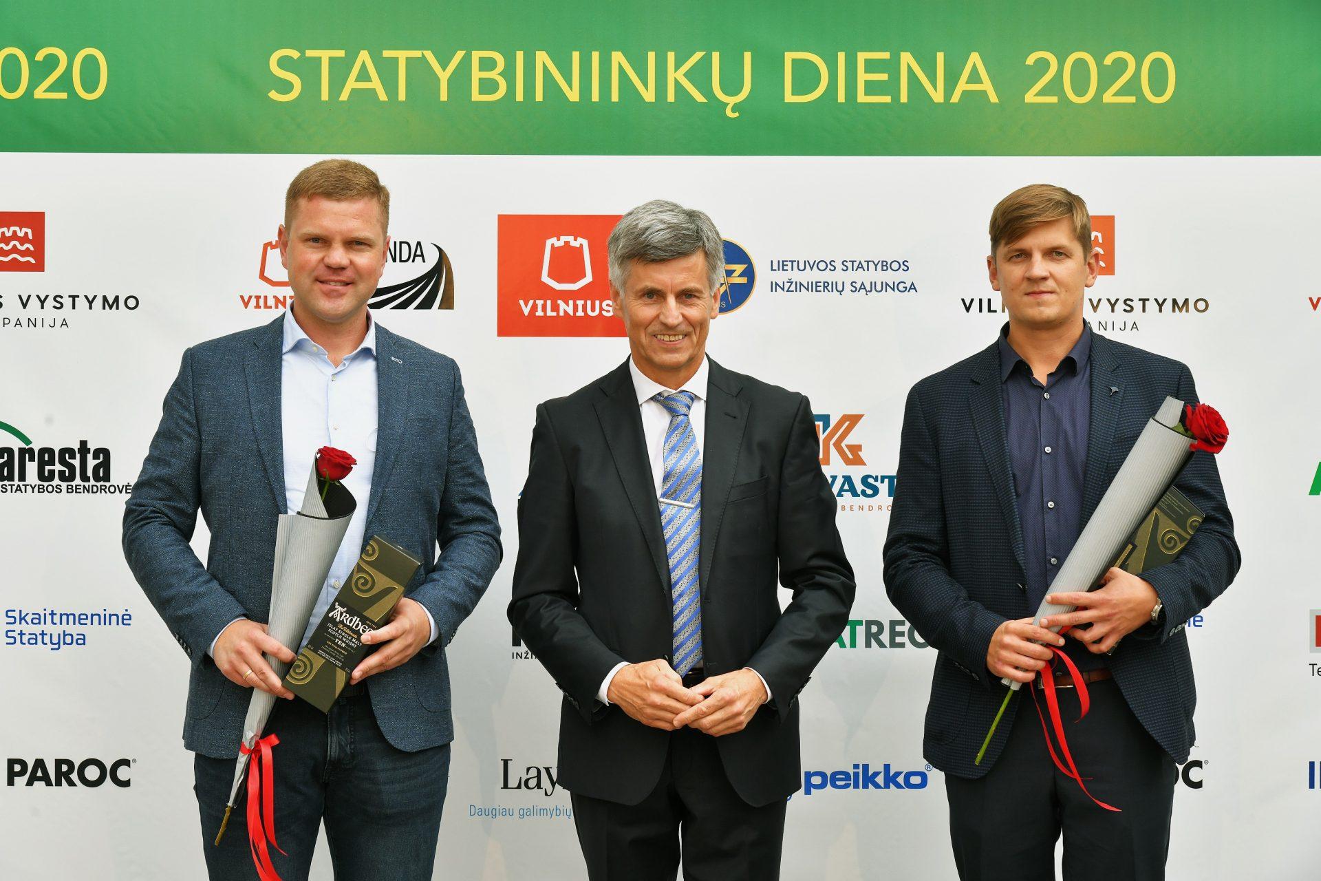 """Statybinkų asociacijos surengtoje profesinėje šventėje apdovanoti UAB """"Naresta"""" darbuotojai"""